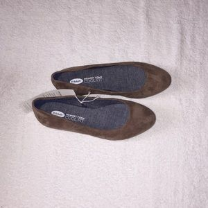 NWT, Dr Scholl's , women shoes size 6,